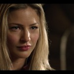 tabrett-bethell-cara-close-up-face3